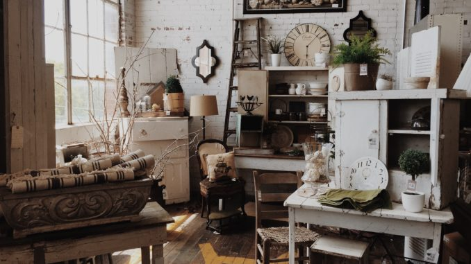 Antique Decorating Ideas | Home deco id