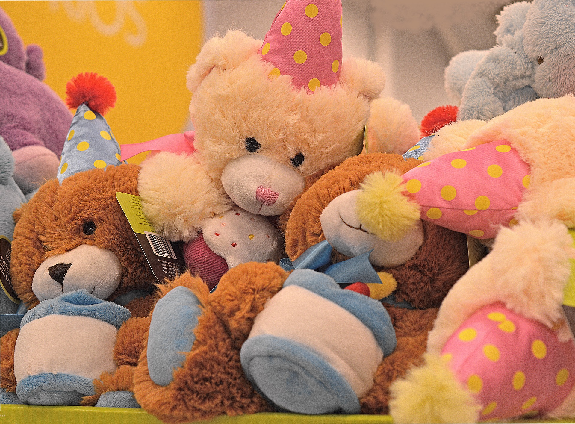stuffed-animals-1818223_1920